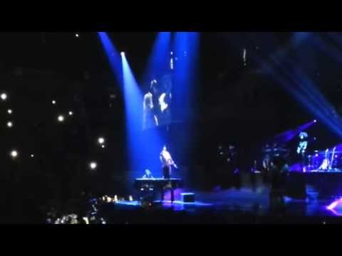 Beyonce - 1+1 (LIVE) (Belgrade, Serbia)  (The Mrs Carter Show World Tour)