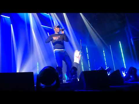 Mc solaar pleure D6bels on stage 2018-02-26