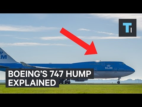 Why Boeing 747 have a hump in the front