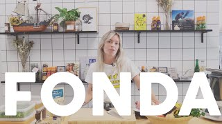 Martine laver FONDPACHO | FONDA | Staldkøkkenet