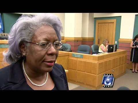 Corpus Christi city manager announces her resignation