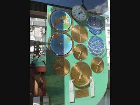 PLOËRMEL  (56) Horloge Astronomique