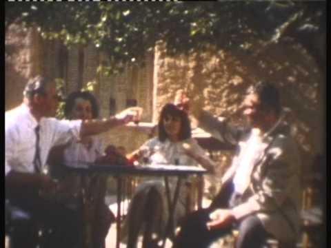 1967.  Η  ΑΘΗΝΑ,  Η  ΔΟΥΛΕΙΑ,  Η  ΟΙΚΟΓΕΝΕΙΑ.