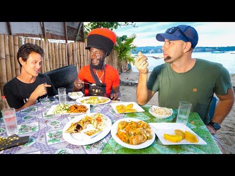 Jamaica Street Food 🇯🇲+ Market Tour with @Ras Kitchen in Port Antonio, Jamaica!