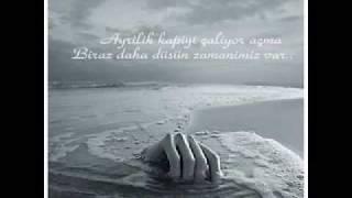 Gambar cover Sessiz ölüm Arıyor Kalbim seni duygusal bir şarkı izleyin