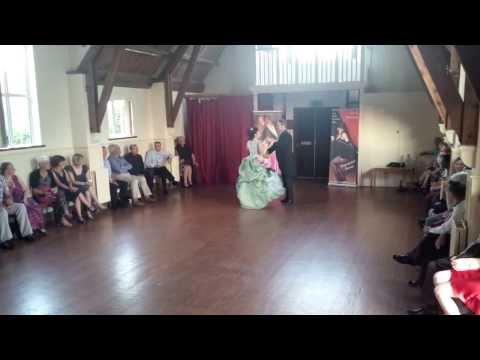 Vienesse waltz, Victorian style
