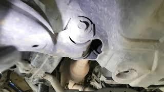 Прадо 120. Основы техническое обслуживания. Замена шаровой опоры верхнего переднего рычага.