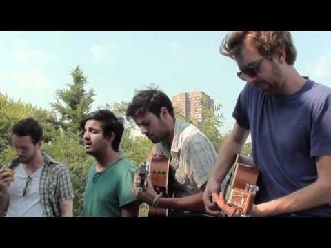 Young The Giant - Strings (Buzzsession)