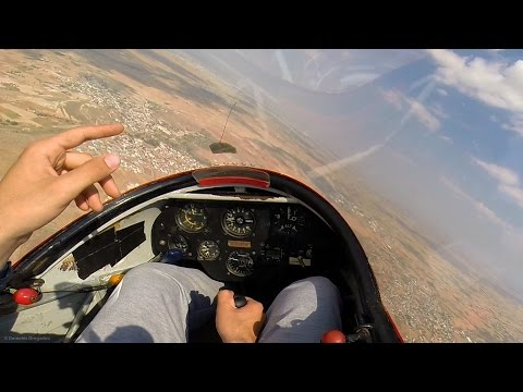 K13 Glider strong turbulence on thermal entry - Soaring GoPro cockpit view