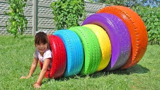 BRINCANDO E APRENDENDO CORES -  Learn Colors for Kids with Color Tire for Children Songs
