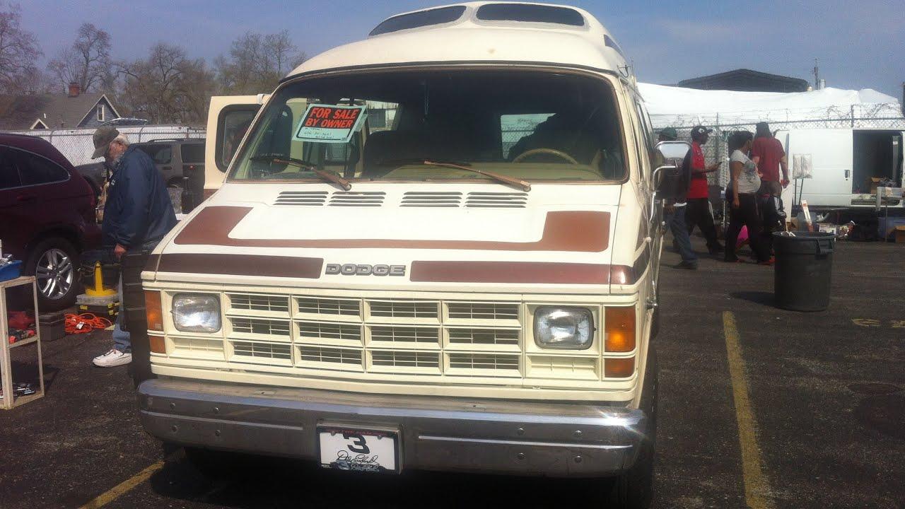Motorhome Dodge Xplorer Xtravan inside outside - YouTube