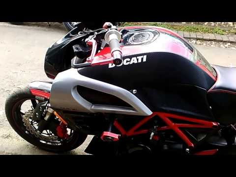 Modifikasi Honda Mega Pro Jadi Ducati Diavel