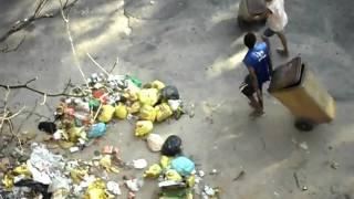 Lixo em Triagem, Rio de Janeiro. Data: 29/03/10.
