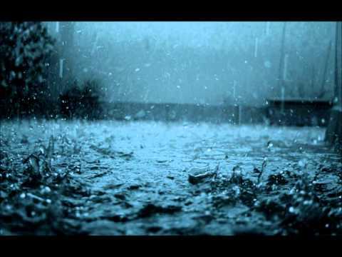 Wenn der Regen fällt, dunkle Wolken ziehn