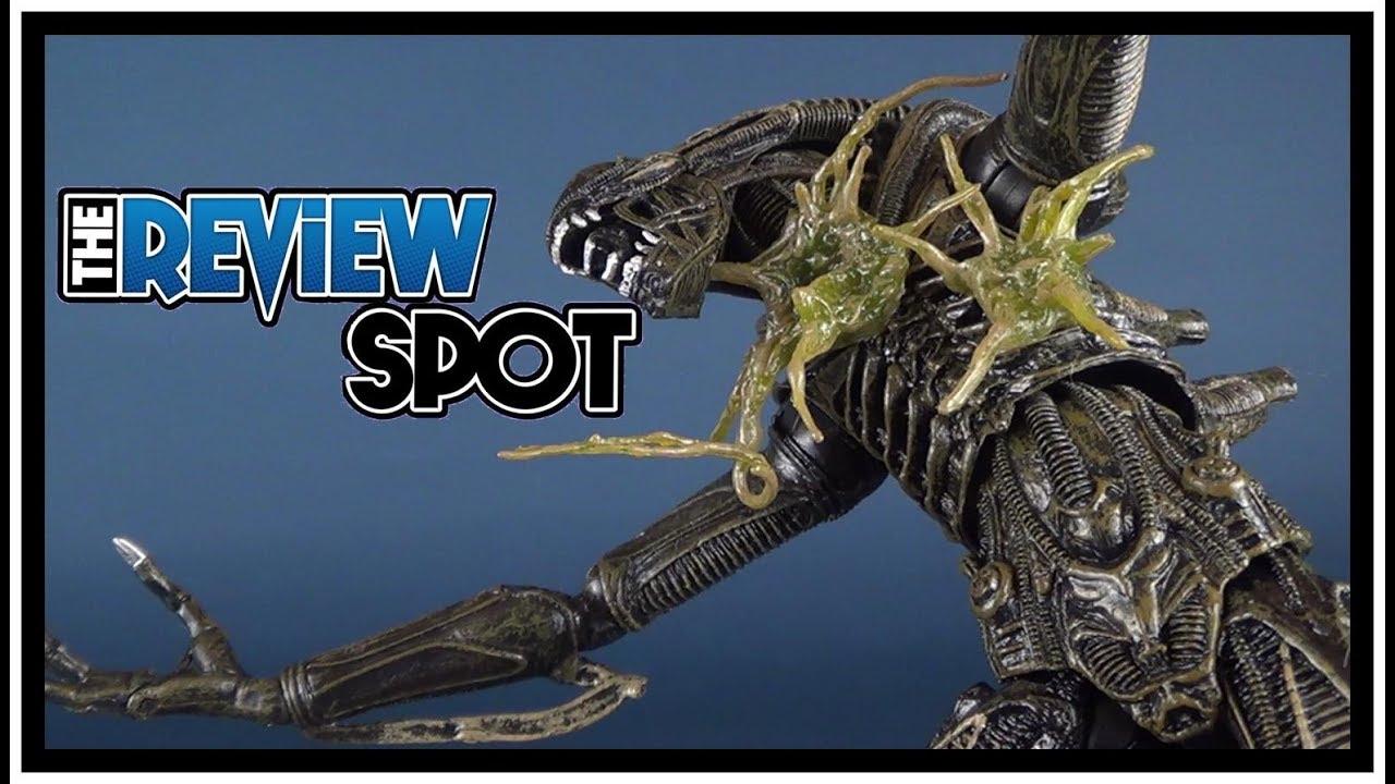 Alien Series 12 Alien Warrior Battle Damaged Blue Figure by Neca