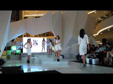 Free Download Lala Karmela - Morning Star (live At Atrium Senayan City) Mp3 dan Mp4