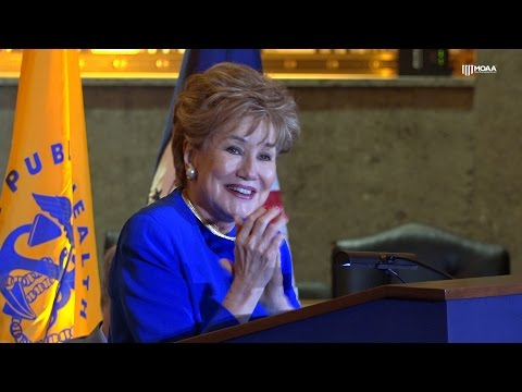 The Elizabeth Dole Foundation Receives the Distinguished Service Award from MOAA