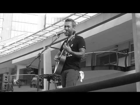 The Closer I Get To You - Franco (Acoustic)