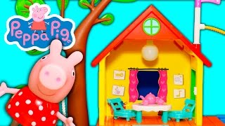 PEPPA PIG Nickelodeon ASSISTANT with Peppa Treehouse and Fort Toy Unboxing