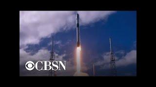 spacex-launches-solar-powered-starlink-internet-satellites-orbit