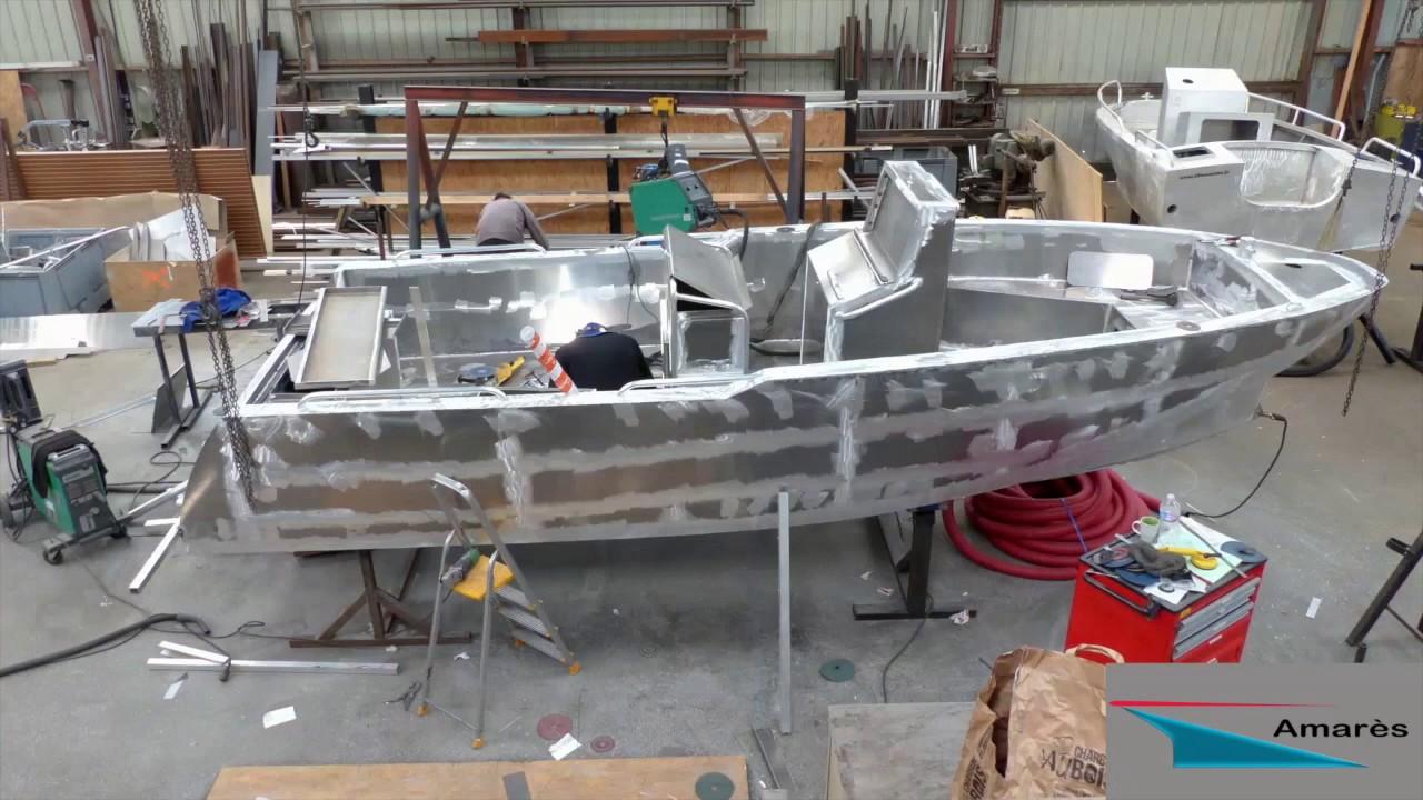 construction d 39 un bateau aluminium coryphene 22 youtube. Black Bedroom Furniture Sets. Home Design Ideas