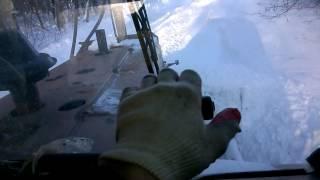 "На ДТ-75 убираем снег на ферме КФХ ""Герефорд"""