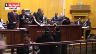 """قاضى """"كتائب حلوان"""" يسأل جميع المتهمين عن علاقتهم بأحراز القضية .. والمتهمون ينكرون"""