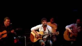 Billy Currington - Must Be Doin Somethin Right (Live NYC)