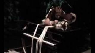 Chocking performance / Carpenters piece - Al Amin Dada by Françoise Vanhecke