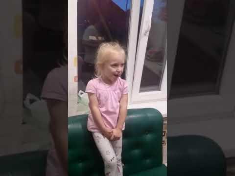Дочка воспитывает маму😂
