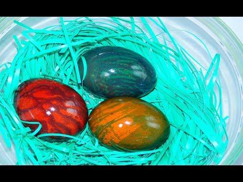 Farbanje jaja   Mermerna jaja uz pomoć margarina