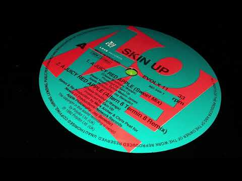 Skin Up - A Juicy Red Apple (Sweet Mix)