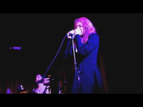 "Halo Circus: ""Yo Me Voy"" - [Official Live Video]"