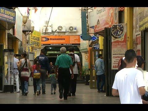 Venezuelan families resort to trading jewelry for food amid economic crisis