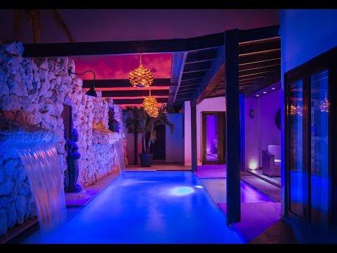 CAS Y ESTILO - Bali Retreat in Aruba