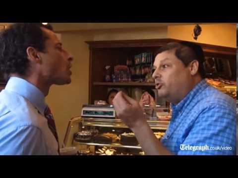 Anthony Weiner gets into slanging match with bakery heckler