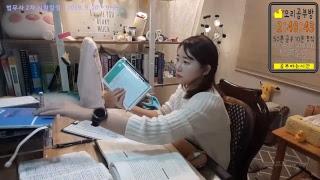 2019. 02. 22.실시간 공부방송 STUDY WITH ME  오리공부방 ASMR 장작타는소리 고양이랑 같이 공부해요