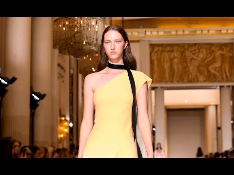 Roland Mouret | Spring Summer 2017 Full Fashion Show | Exclusive