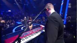 Hurts - Miracle (HD LIVE at the Echo 2013 Awards)