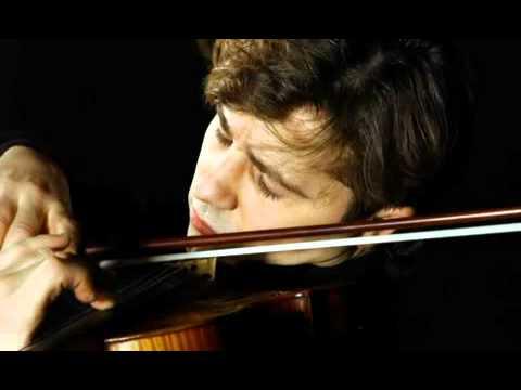 Manrico Padovani plays Paganini capriccio 1 op.1