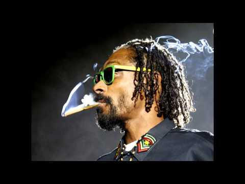 Snoop Dogg- Smoke The Weed Feat. Collie Buddz (HD QUALITY)