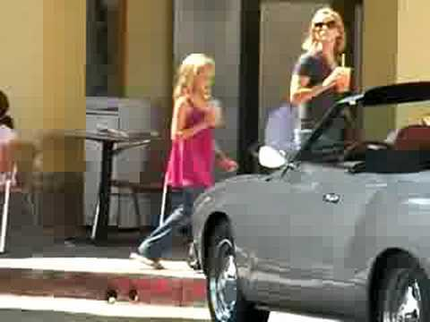 Exclusive - Reese Witherspoon and her Kids - Where is Jake?