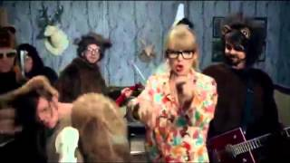Video Taylor Swift Geico Pig Duet   We Are Never Getting Back Together  Wee Wee Wee download MP3, 3GP, MP4, WEBM, AVI, FLV Desember 2017