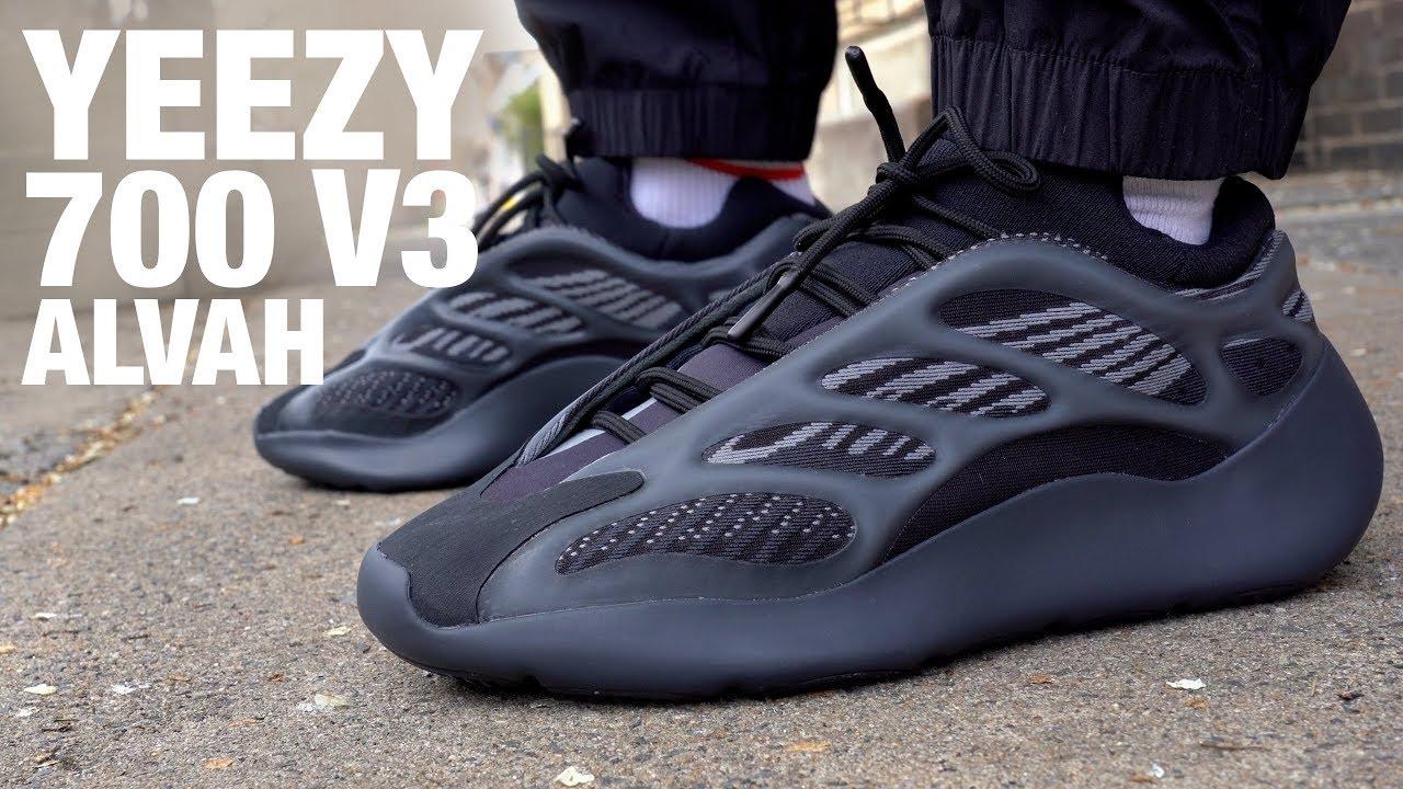 adidas yeezy boost 700 v3