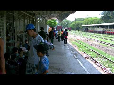Myanmar 2012, Train (Upper Class) from Myitkyina to Hopin