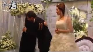 عريس يطلق زوجته ليلة زفافه شاهدوا لماذا فيديو مؤثر