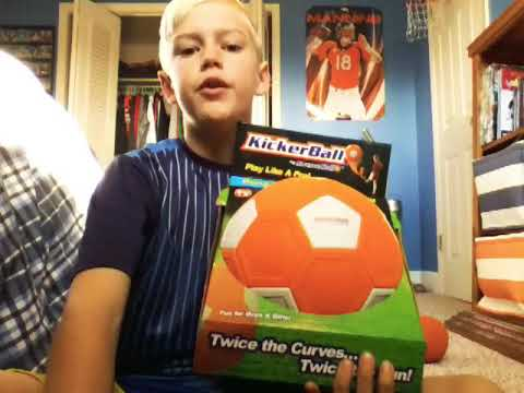 """KICKER BALL REVIEW  """"bends, swerve's, and curves like a pro"""""""