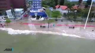 Ressaca de Ciclone em Balneário Camboriú SC - Manica Marin Imóveis MMI thumbnail