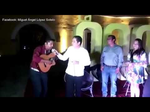 'Mátalas', canta alcalde de Acapulco, lugar donde asesinan mujeres