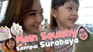 Gempi Main Squishy Dari Ria Ricis Sampai Surabaya!!   Vlog Surabaya Mama Isel & Gempi